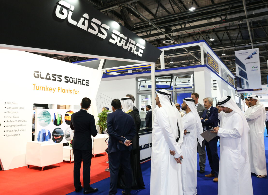 H.E. Saeed Mohammed Al Tayer, Managing Director and CEO of DEWA at a Gulf Glass stand