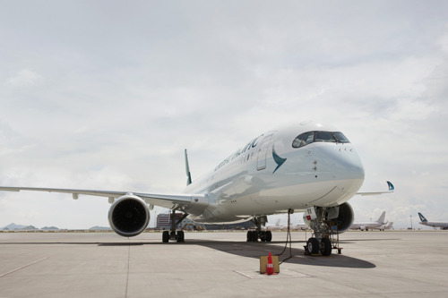 Cathay Pacific releases combined traffic figures for April 2017
