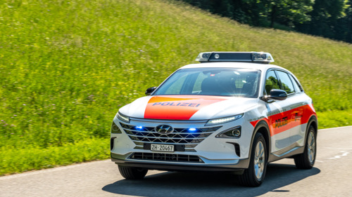 La police cantonale de Zurich sillonne les routes avec une Hyundai NEXO à hydrogène