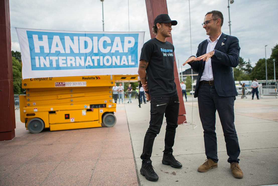 Neymar Jr devient ambassadeur de Handicap International