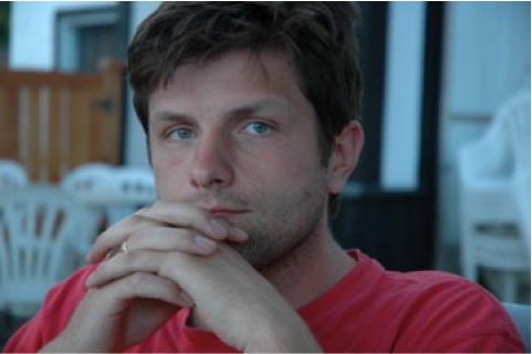 Jamie Nesbitt / Projection Designer / How To Disappear Completely