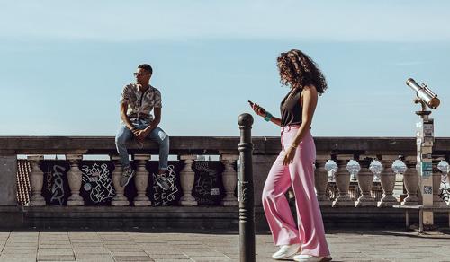 BASE geeft zijn prepaid aanbod een boost: meer eenvoud en daarbovenop tot vier keer meer mobiele data en onbeperkt bellen naar alle BASE-klanten