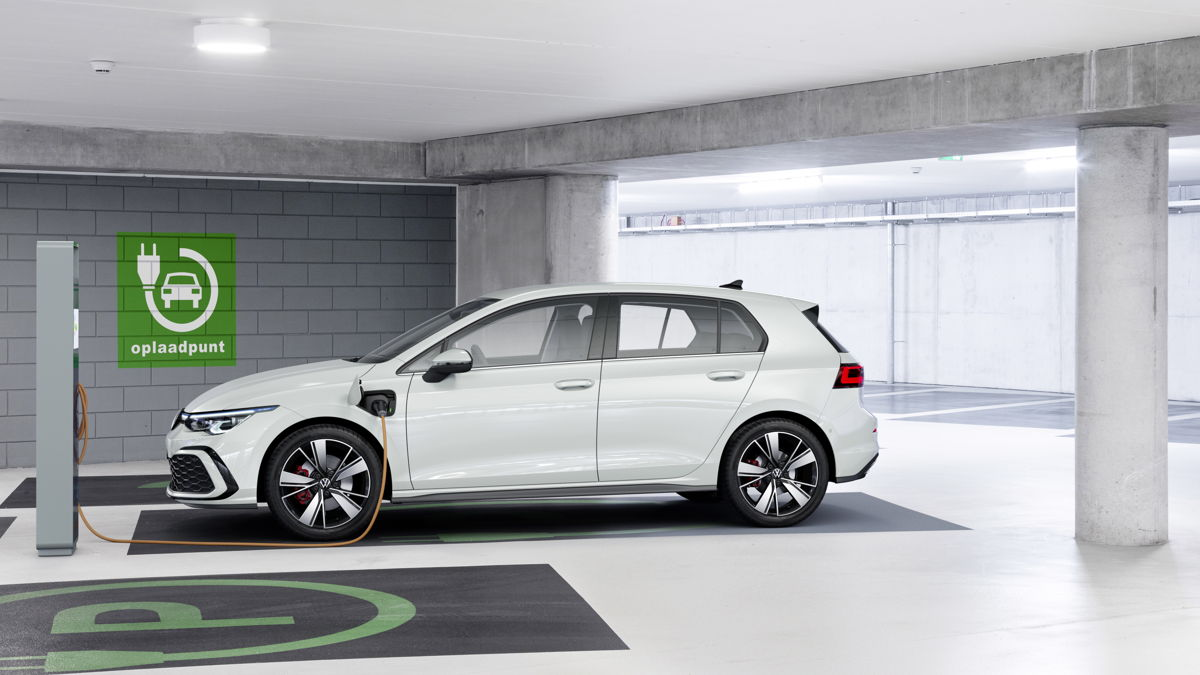 VW Golf 8 hybride