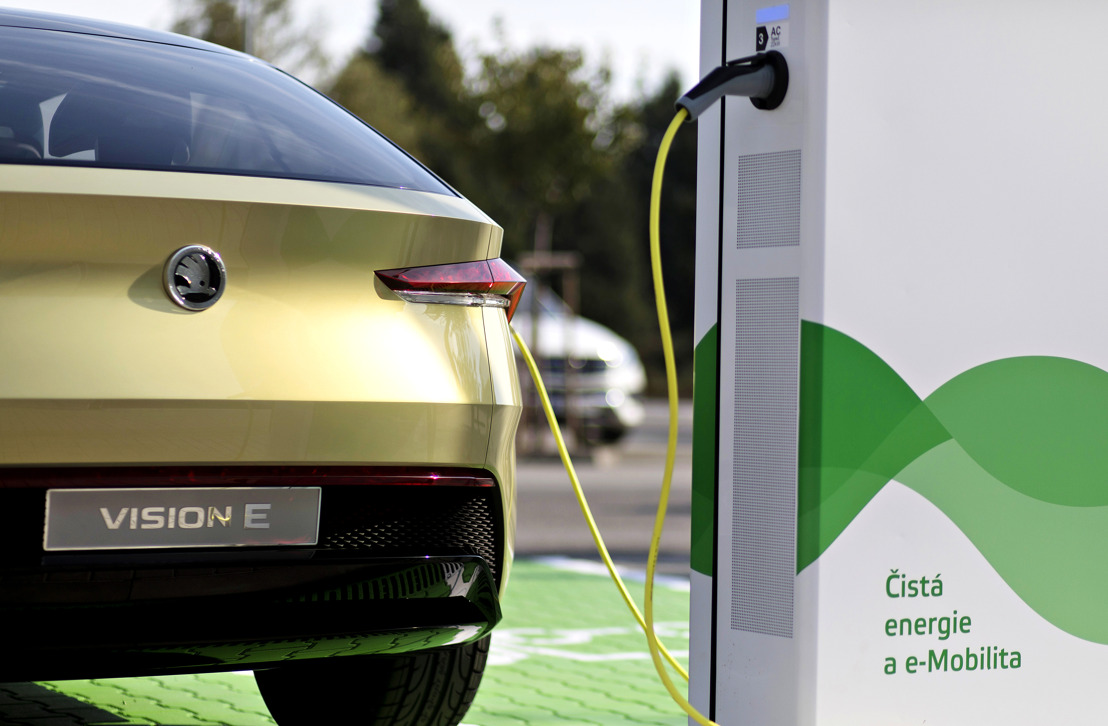 ŠKODA AUTO builds 7,000 e-charging points at its Czech home base