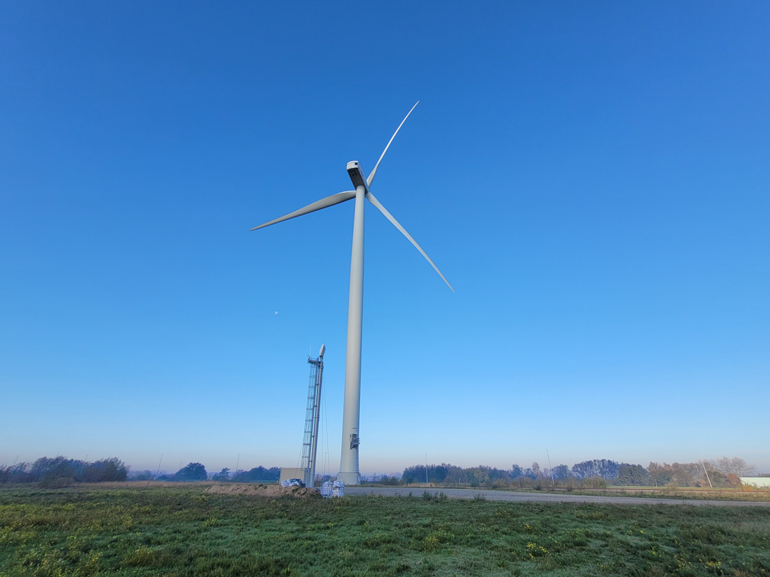 Luminus uses a smart radar in the Ghent port to map bird movements near wind turbines