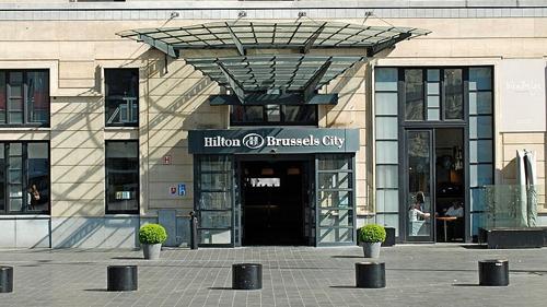 Brusselse regering zorgt voor steunmaatregelen voor hotels en apparthotels naar aanleiding van coronacrisis.