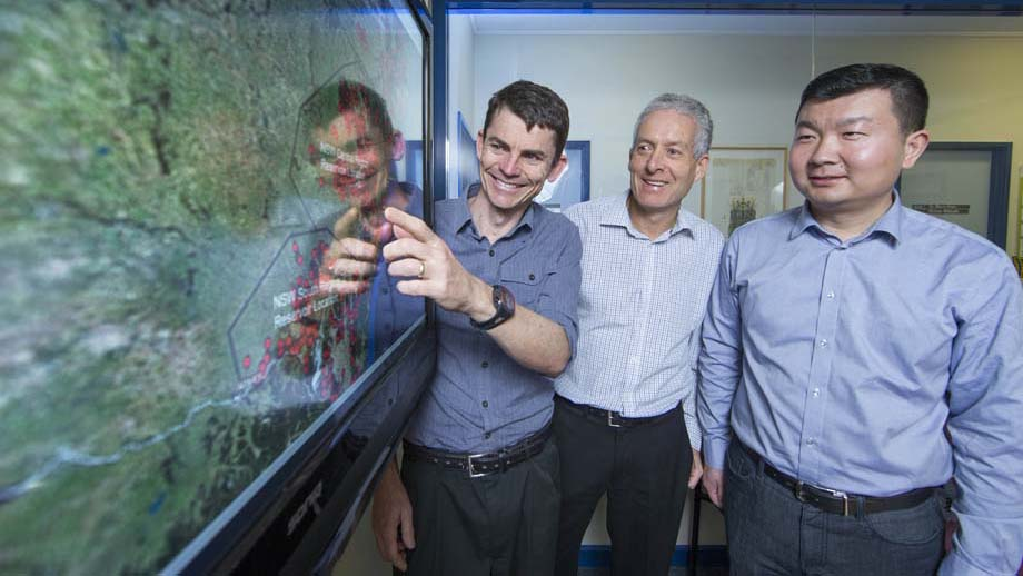 Dr Matt Stocks, Professor Andrew Blakers and PhD candidate Bin Lu from the ANU College of Engineering & Computer Science. Image: Lannon Harley, ANU