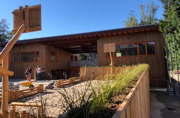 Preview: Nouveau bâtiment et cour de récréation pour l'école primaire de Voorzienigheid (la Providence ) à Woluwe-Saint-Lambert