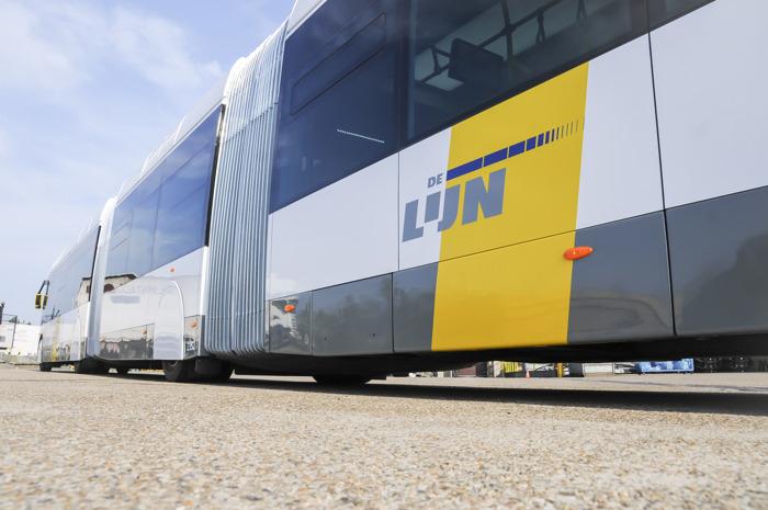 Preview: Eerste trambus in België maakt eerste reis