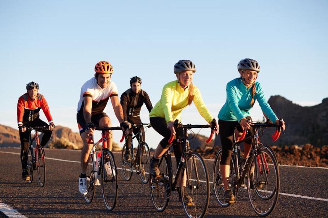 DECATHLON - Faire du vélo sur route ou hors piste ?