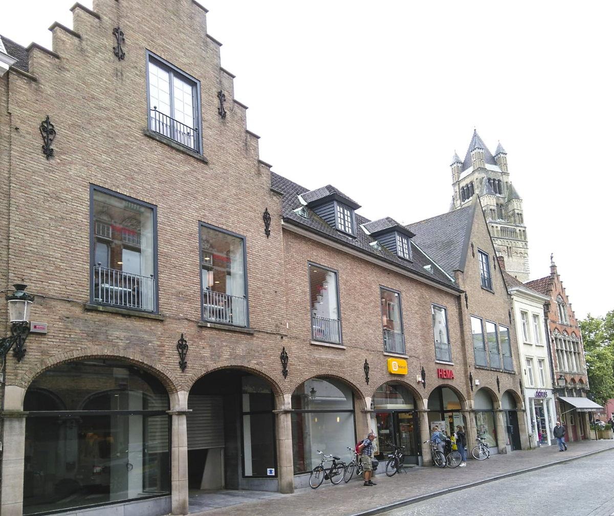 Voorgevel toekomstige Kiabi-winkel  in Brugge