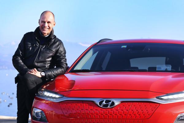 Preview: Bertrand Piccard fährt den All-New Hyundai KONA electric