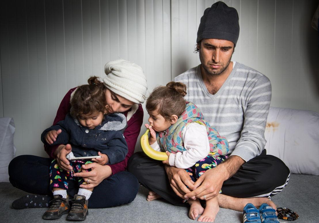 Karon, 31 ans, a fui l'Irak avec sa famille. Ils séjournent depuis août 2016 sur l'île de Lesbos