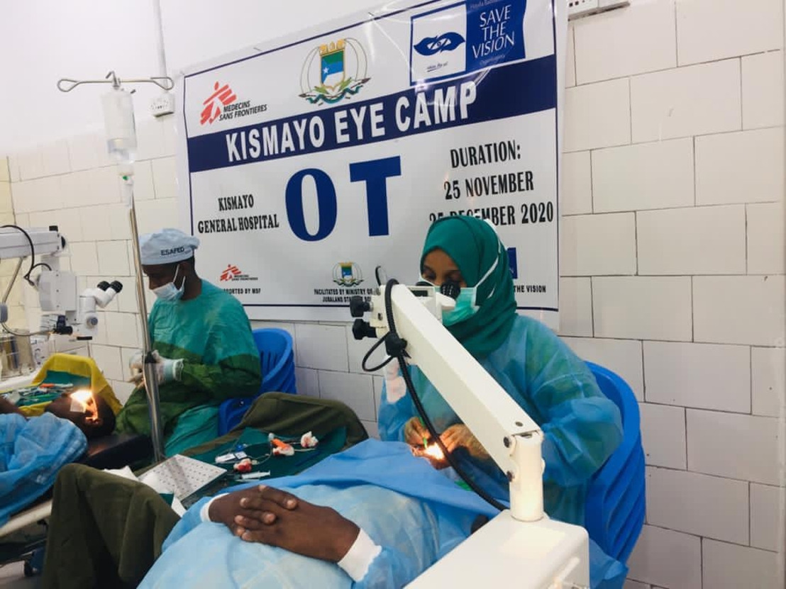 Somalia: 'Eye camps' give people the chance to see again