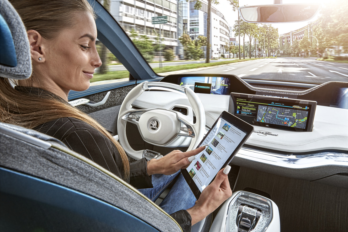 ŠKODA AUTO DigiLab on the hunt for new talent at the international 'Smart Mobility Hackathon'