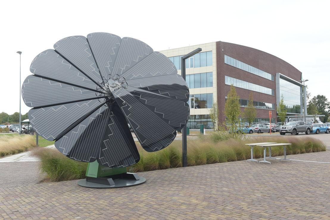 Smartflower voor de Luminus kantoren op de Corda Campus in Hasselt