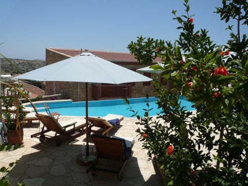 Eliza was here opent internationaal bloggershuis op Cyprus
