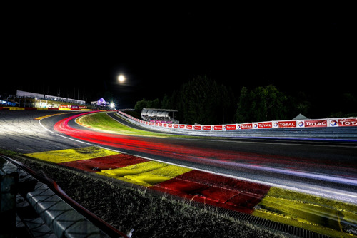 24 Hours of Spa-Francorchamps: Taking the Porsche 911 GT3 R flat out through famous Eau Rouge
