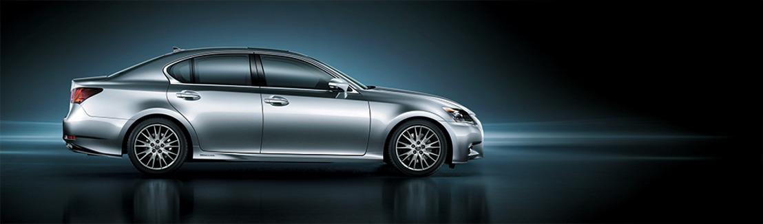 Lexus maakt prijzen GS 300h bekend