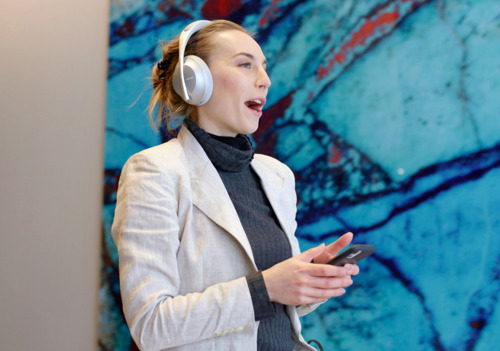 Audífonos Bose 700 UC: El mundo será tu sala de conferencias