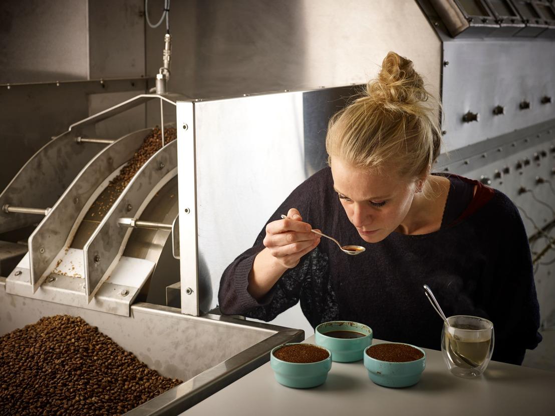 C'est une première mondiale: une startup belge torréfie du café en utilisant l'énergie solaire