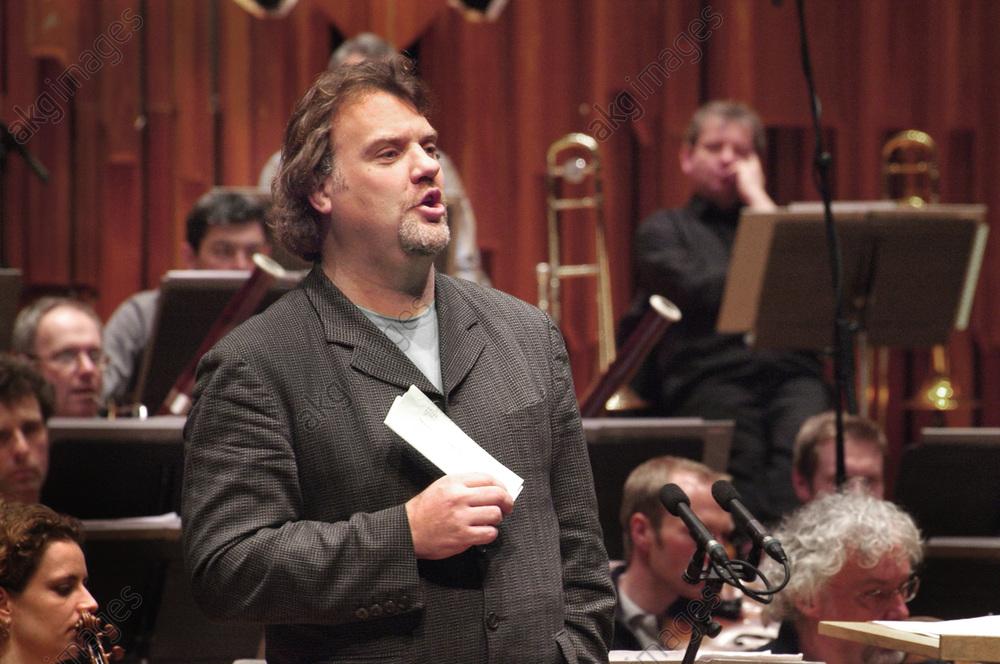 Welsh opera singer Bryn Terfel during a rehearsal<br/>AKG5862361