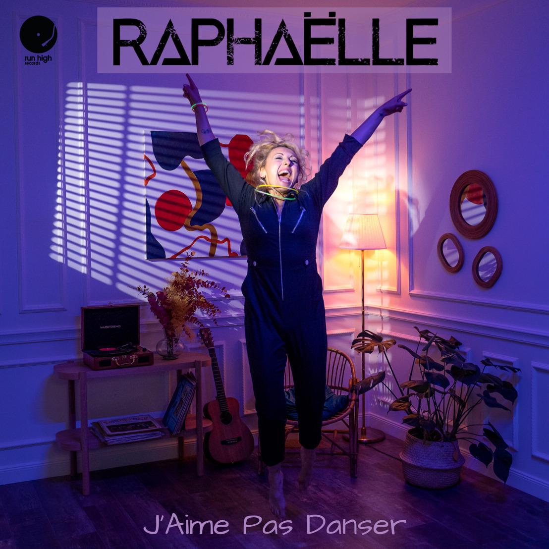 """Après """"Doucement"""", Raphaëlle enchaîne avec la sortie de son titre """"J'aime Pas Danser"""" !"""