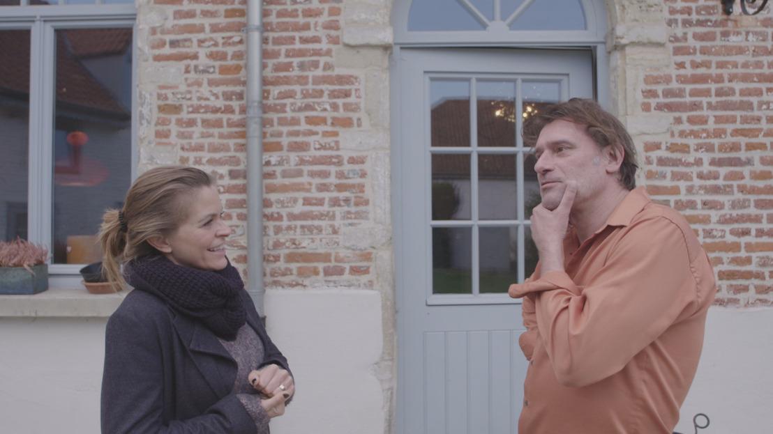 Karen krijgt hulp van Tourist LeMC en Daan...