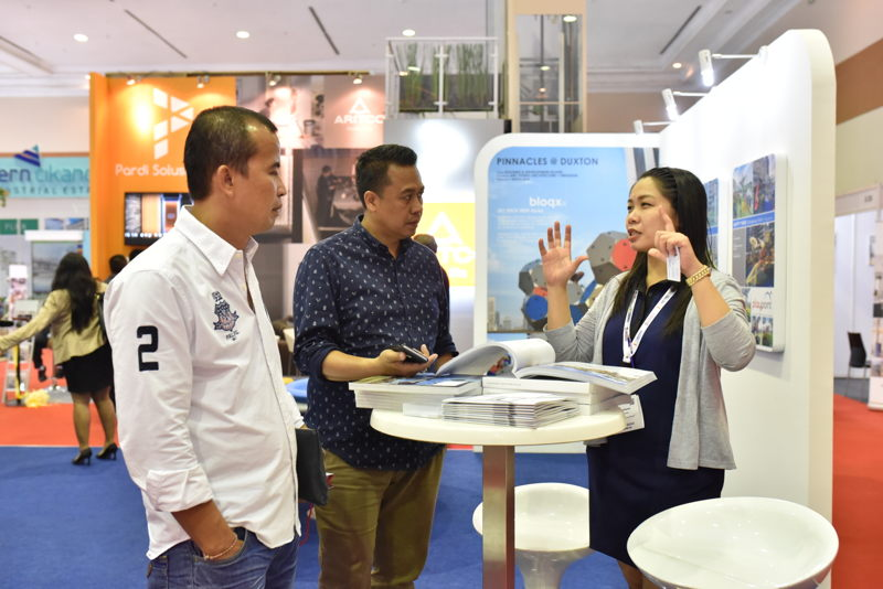 Visitors and exhibitors at KI and The Big 5 Construct Indonesia 2016