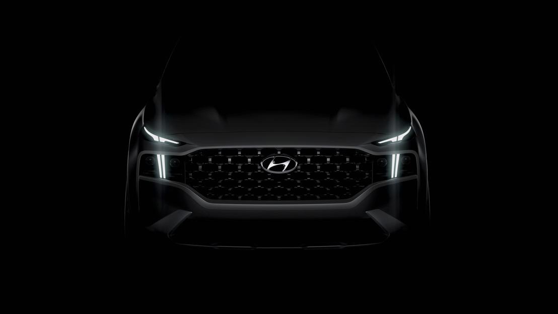 Hyundai rende note le prime impressioni della riveduta Santa Fe