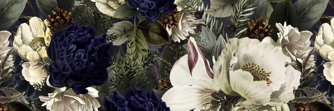Floral Artist Brings Blooming Lovely Wallpaper to Wallsauce