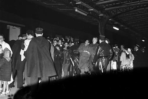 17 octobre 1961 : Manifestation des Algériens à Paris contre le couvre-feu